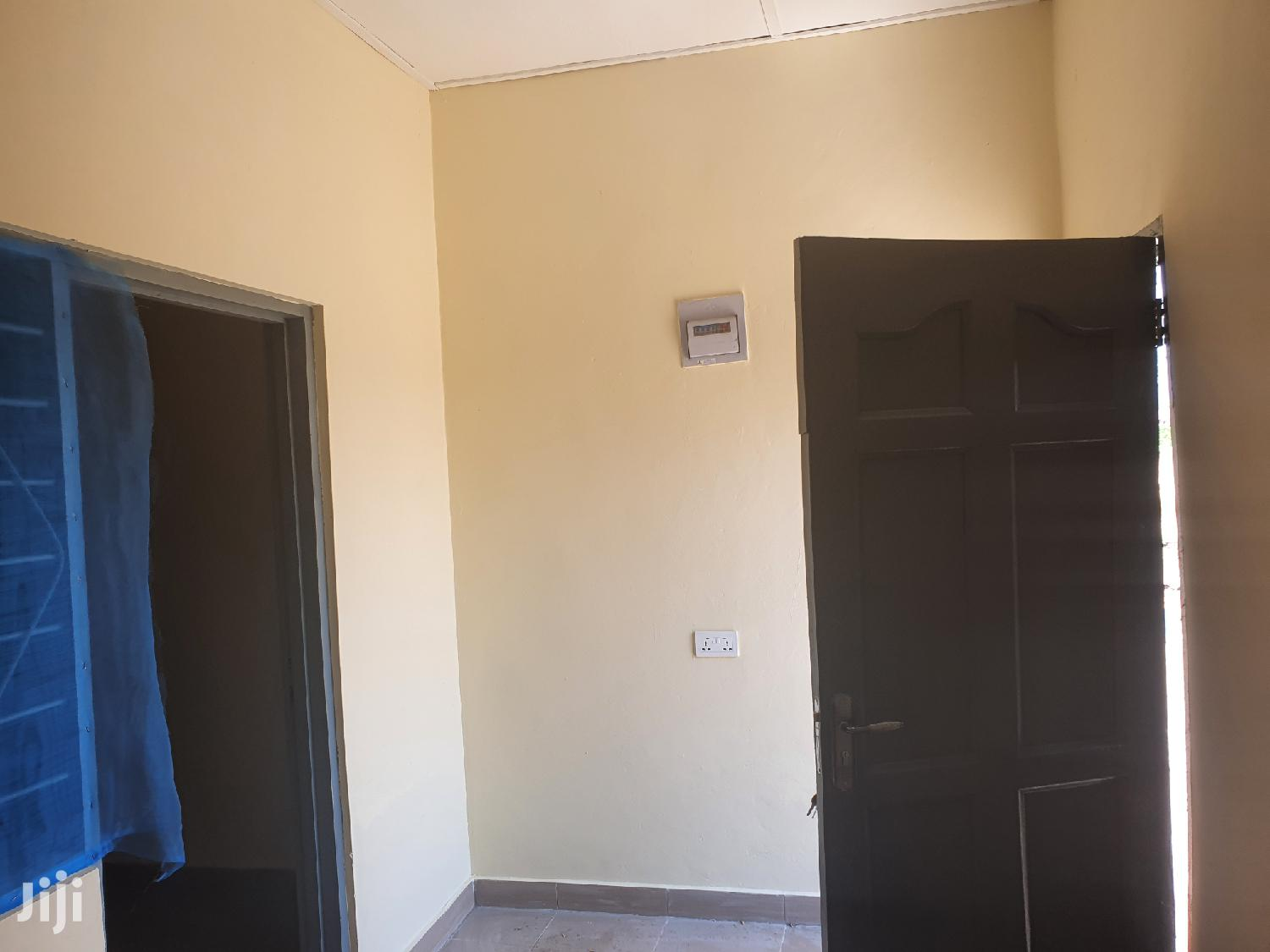 Single Room at Ashalaja, Amasaman | Houses & Apartments For Rent for sale in Ga South Municipal, Greater Accra, Ghana