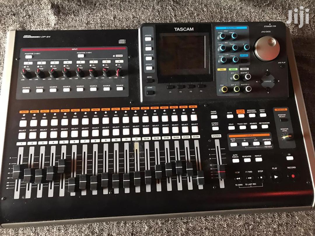 Tascam DP-24SD 24-track Digital Portastudio Mixer