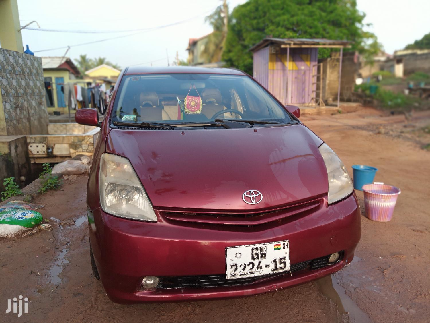 Archive: Toyota Prius 2005 HSD Hybrid Red