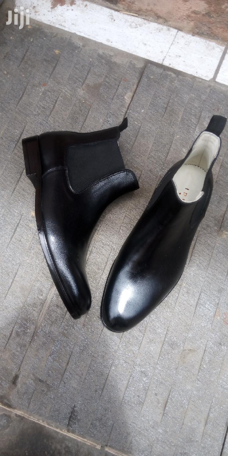 Quality and Affordable Men's Chelsea Boots