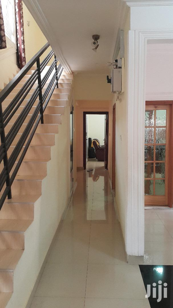 Archive: Executives 4 Bedrooms House For Sale