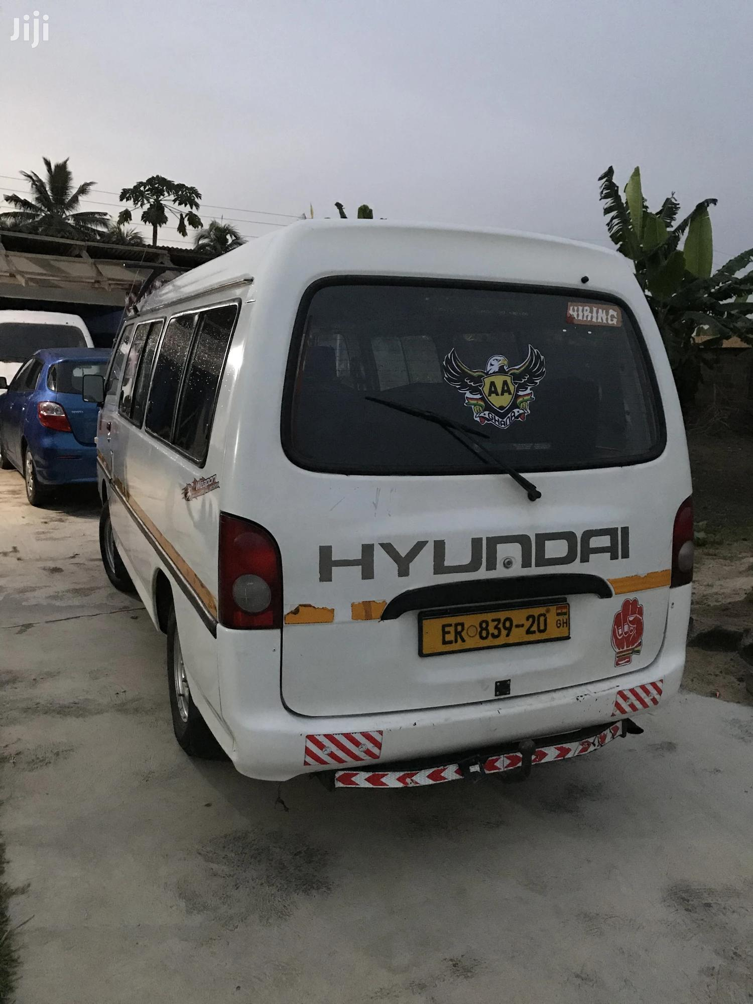 Archive: Hyundai H100 2000 White