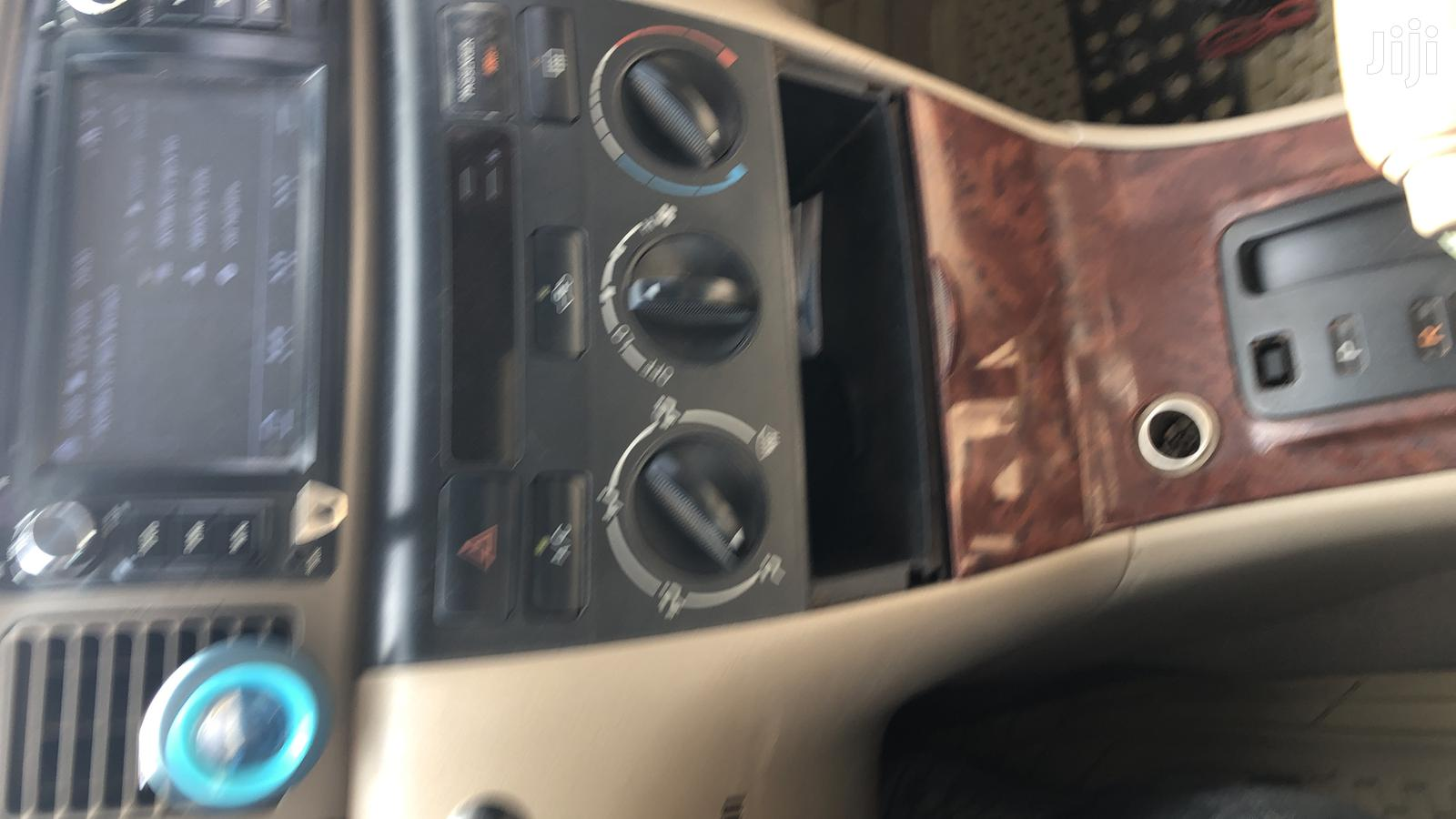Archive: Toyota Corolla 2006 1.8 VVTL-i Compressor TS Black