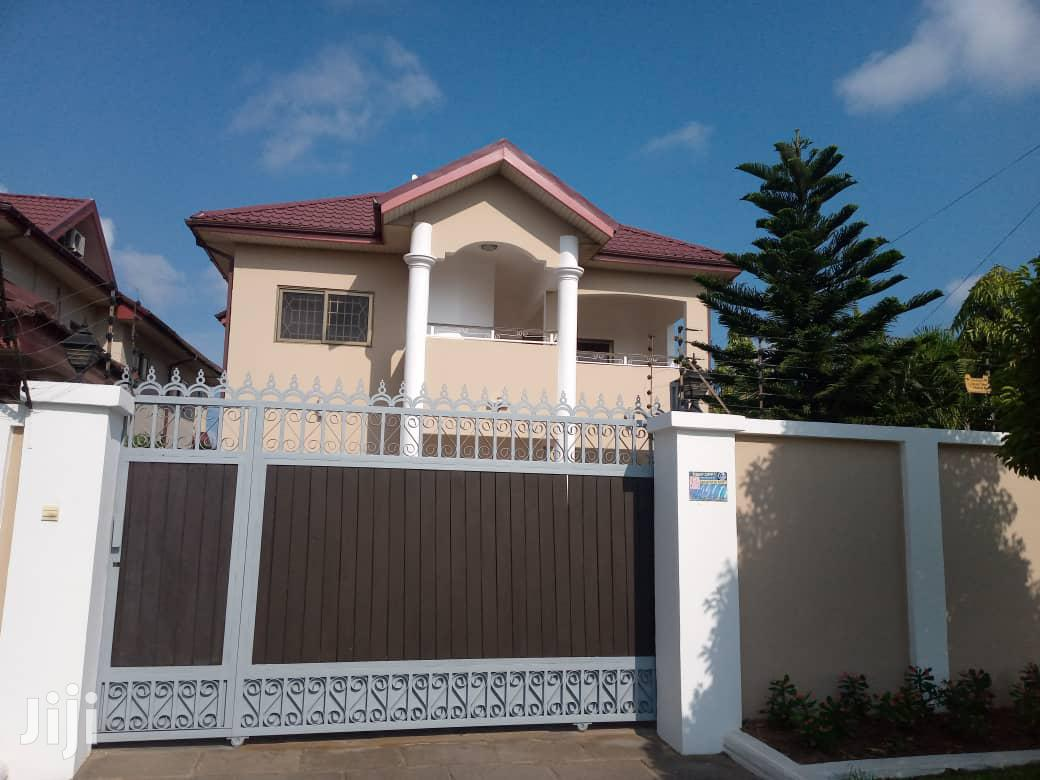 4 Bedroom House With 1bq And A Study Room At Roman Ridge.