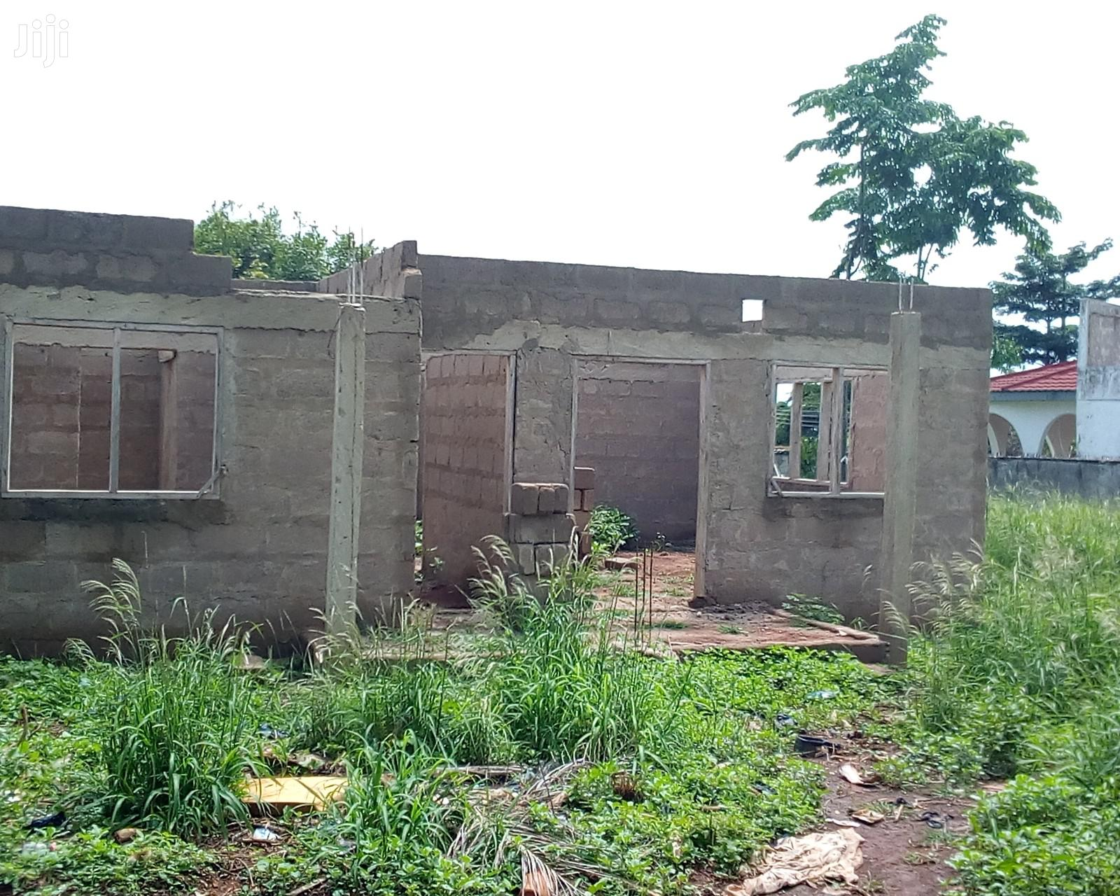 UNCOMPLETED 2 BEDROOMS APARTMENT for Urgent Sale!