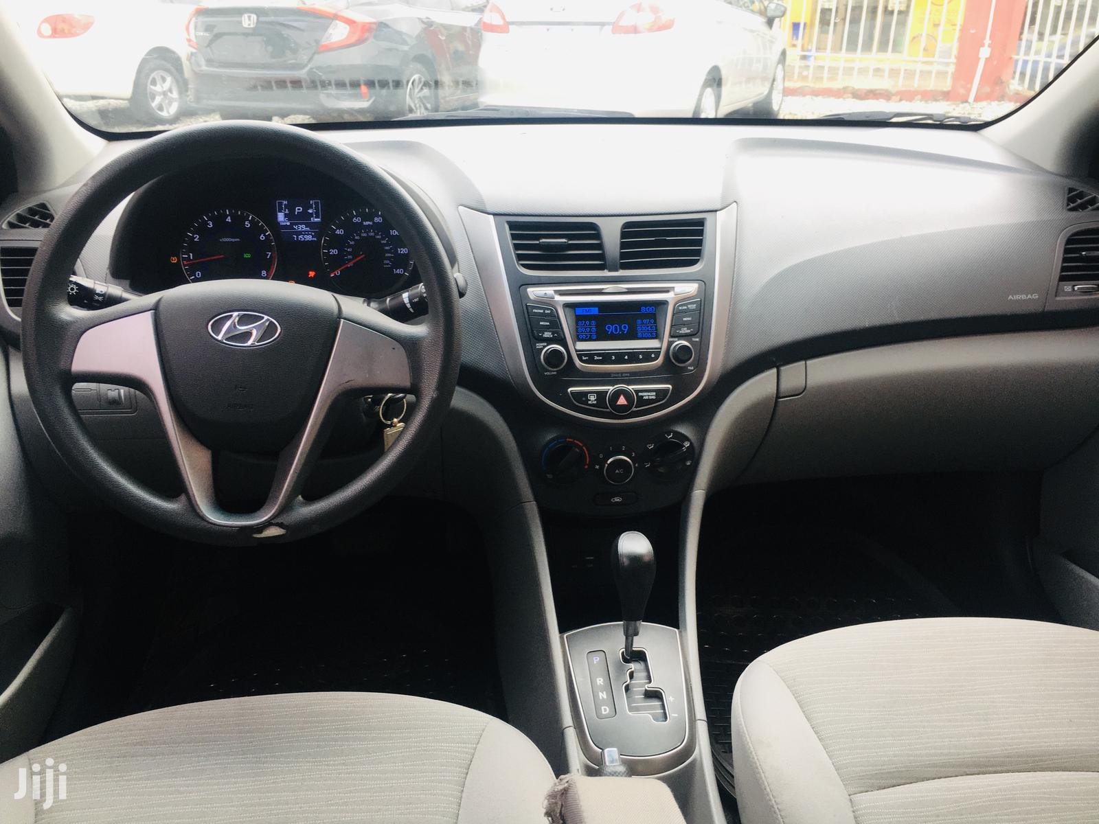 Hyundai Accent 2017 SE Hatchback Gray | Cars for sale in North Kaneshie, Greater Accra, Ghana
